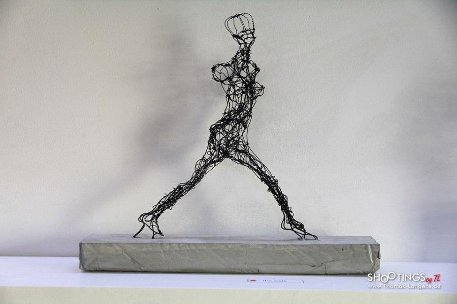 Fein Draht Kunst Skulptur Idee Bilder - Die Besten Elektrischen ...